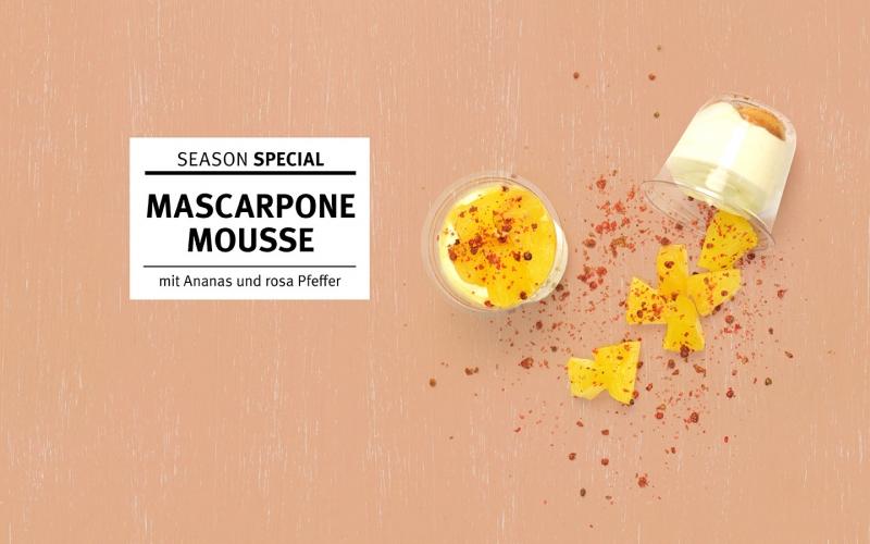 Mascarpone-Mousse mit Ananas und rosa Pfeffer